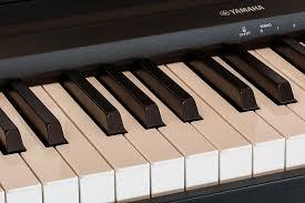 Yamaha szintetizátor