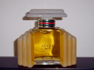 Flora by Gucci parfüm
